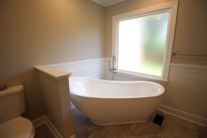 Freestanding tub Dublin, GA