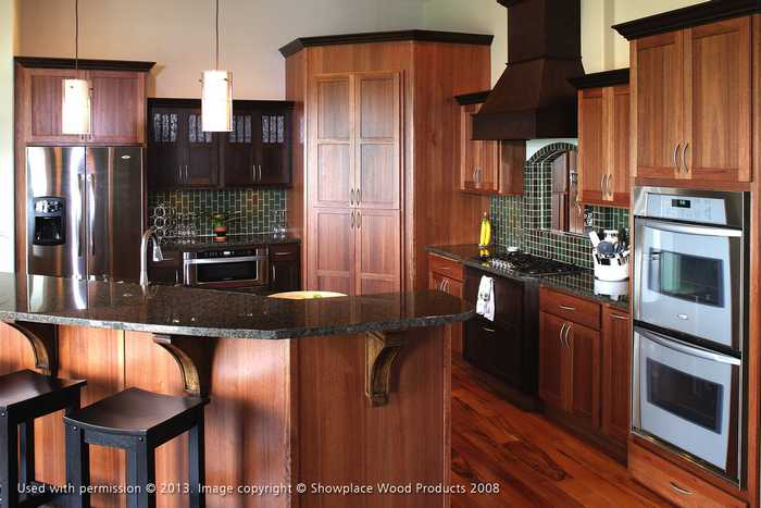 Traditional Cabinet Refacing